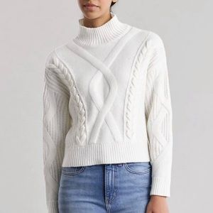 NWOT Elizabeth and James Cable Knit Sweater